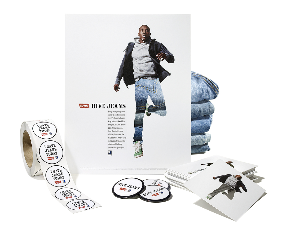 Levis Collateral Full